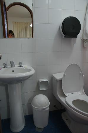 Hostel Santa Maria: bagno