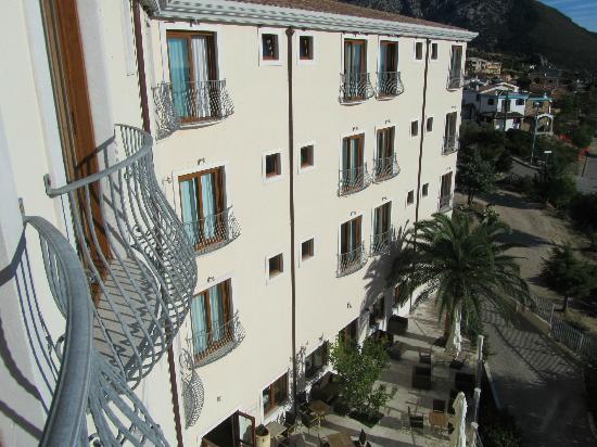 Villa Gustui Maris Ristorante