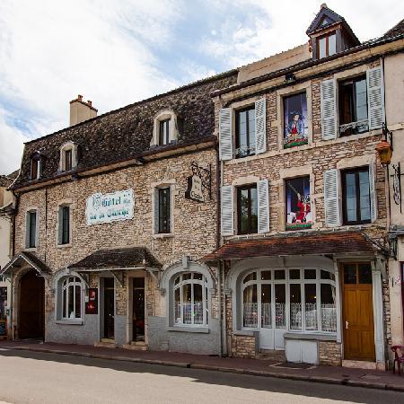 Hôtel de la Cloche : Façade de l'hôtel