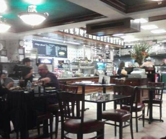 Ronny's Original Chicago Steakhouse: Restaurant Interior