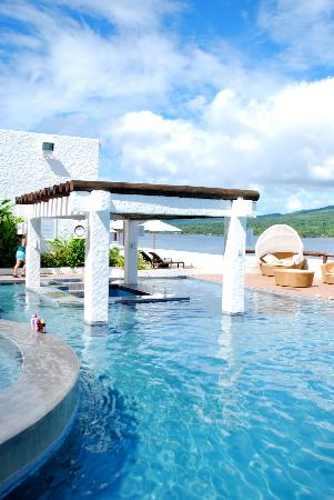 Bellarocca Island Resort and Spa : Infinity Pool