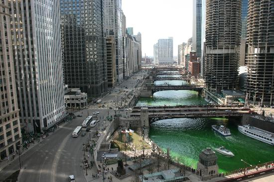 Wyndham Grand Chicago Riverfront: Marina Towers, West River