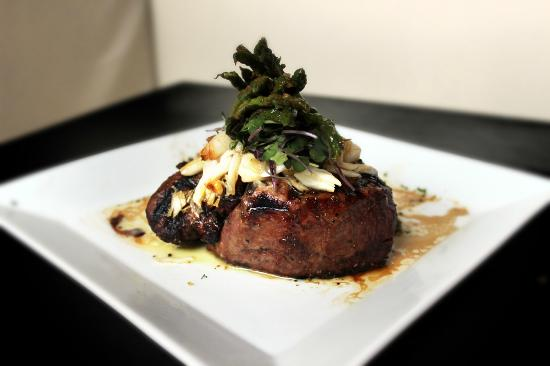 101 Downtown : Filet Oscar