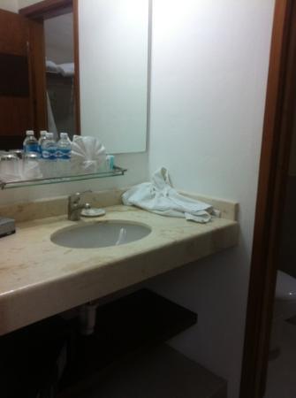 Hotel Bahia Chac Chi: bathroom