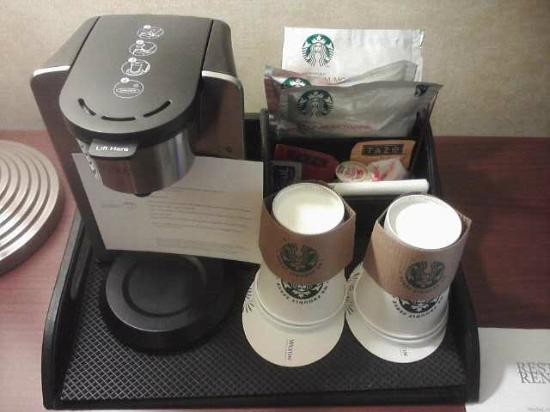 The Westin O'Hare: Coffeemaker - Starbucks Coffee
