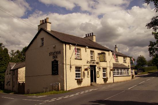 Station Inn Oxenholme: Front of the Pub
