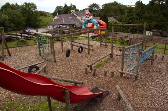 Station Inn Oxenholme: Play area