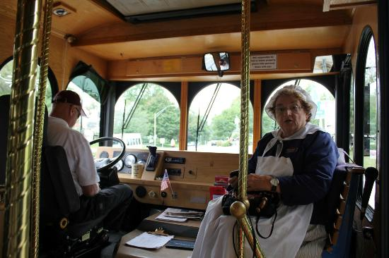 Lexington, MA: Liberty Ride Trolly Tour