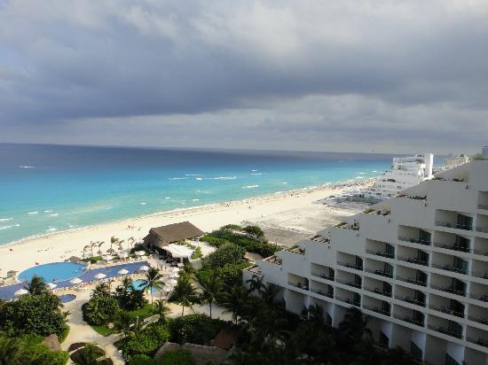 My Allergic Wrist Picture Of Live Aqua Beach Resort Cancun Cancun Tripadvisor