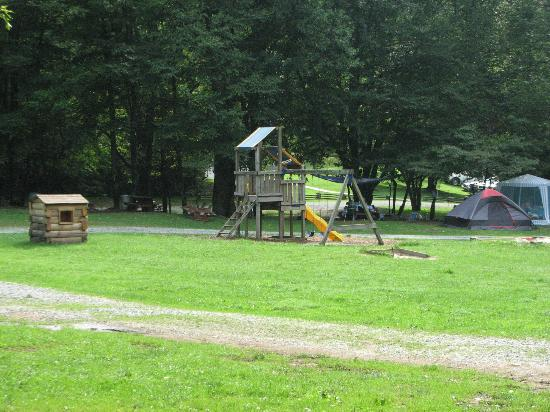 Flintlock Family Campground : Family Play Area