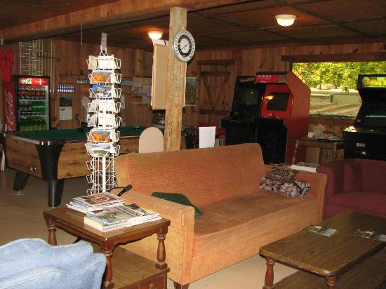 Flintlock Family Campground: Camp Store/Gameroom/Lobby