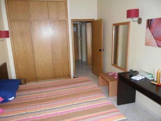Alagoamar Aparthotel : Bedroom