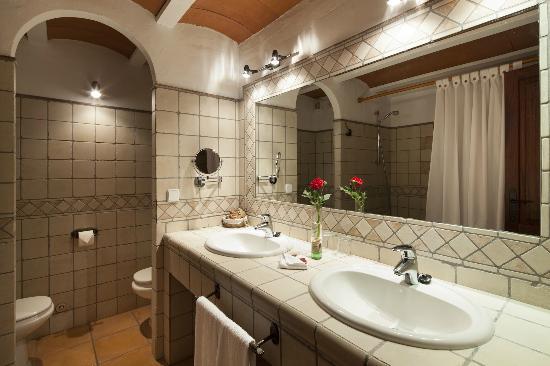 Agroturismo Can Planells: Baño Suite Superior