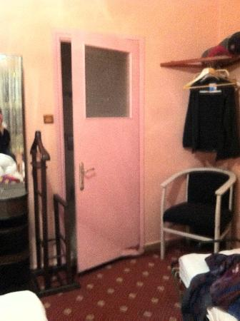 Hotel Han: la chambre