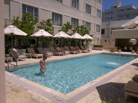 The Tides South Beach: pool area