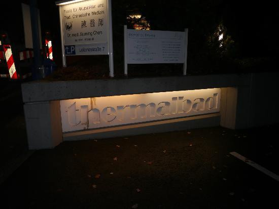 Thermalbad Aukammtal: Были поздно, поэтому темно.
