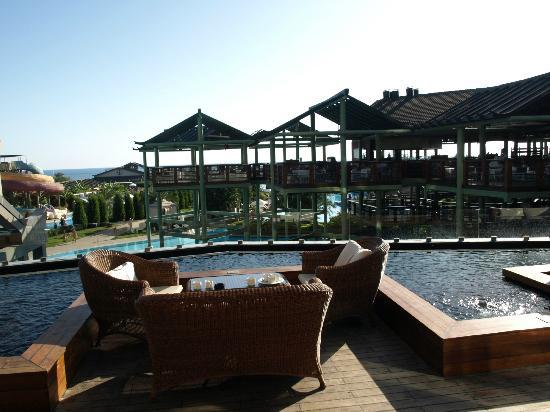 Limak Lara De Luxe Hotel&Resort: bar
