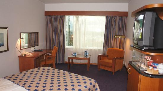 Radisson Blu Sky Hotel: Номер - стандарт