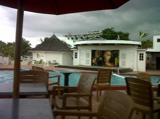Royal Decameron Club Caribbean: stage area
