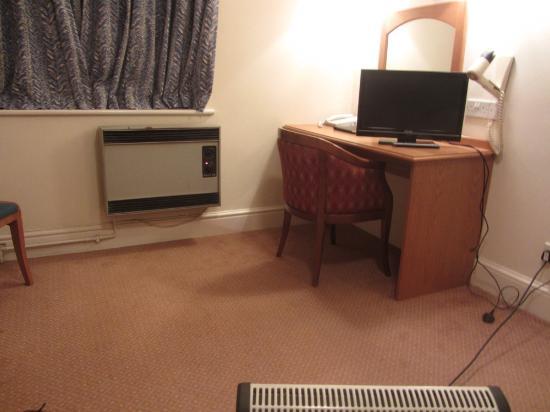 Rivenhall Hotel Room #117