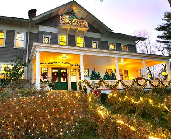 Abbington Green Bed and Breakfast Inn: The holidays are upon us!