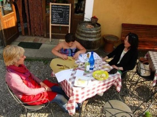 Enoteca Fontepetri: Relax