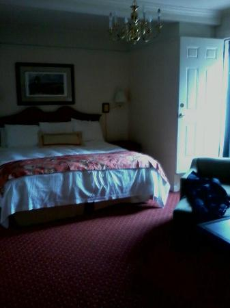 The Milburn Hotel: Room 1305