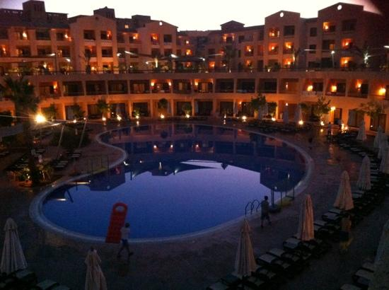 Coral Sea Aqua Club Resort: main pool at night