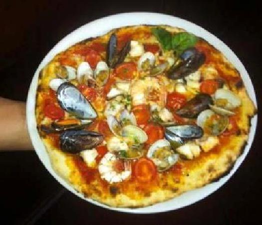 Prosit: pizza ai frutti mare