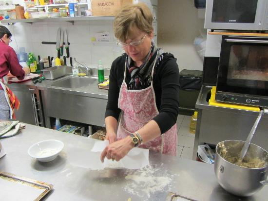 B&B Dolce Maria: Learning to make homemade pasta!