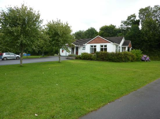 Fleming's White Bridge - Caravan & Camping Park: One of the toilet/shower, kitchen and wash up facilities