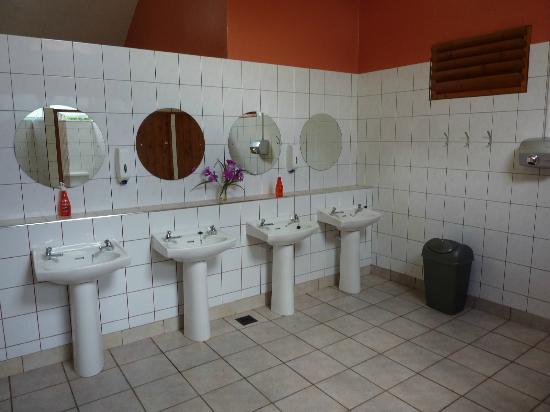 Fleming's White Bridge - Caravan & Camping Park: Spotless Washrooms