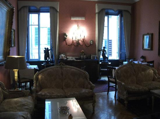 Residenza Frattina: Dining room