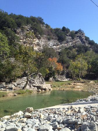 Turner Falls Park: view on hike towards falls