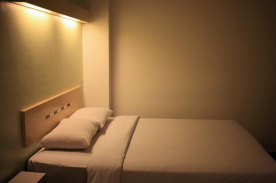 Ibis Budget Jakarta Menteng : small room