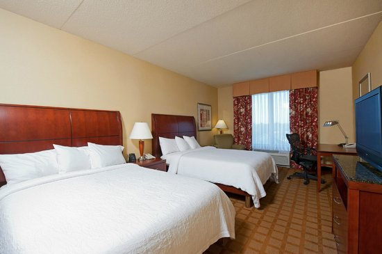 hilton garden inn indianapolis airport 120 1 4 4. Black Bedroom Furniture Sets. Home Design Ideas