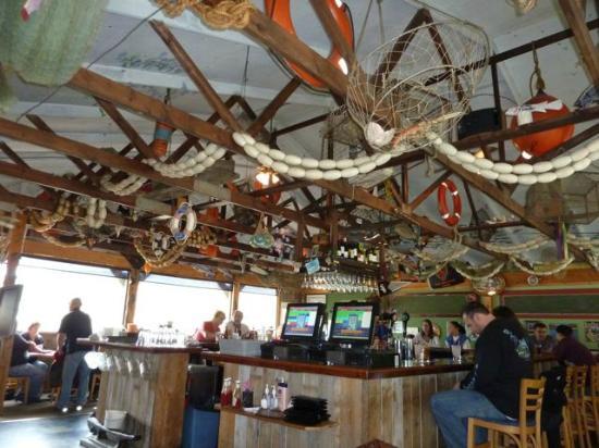 Skagway Fish Co.: Decor