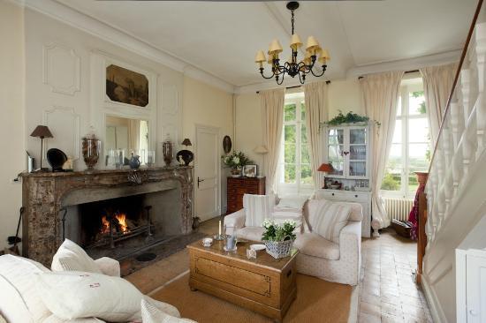 Le Manoir : Winter Living Room