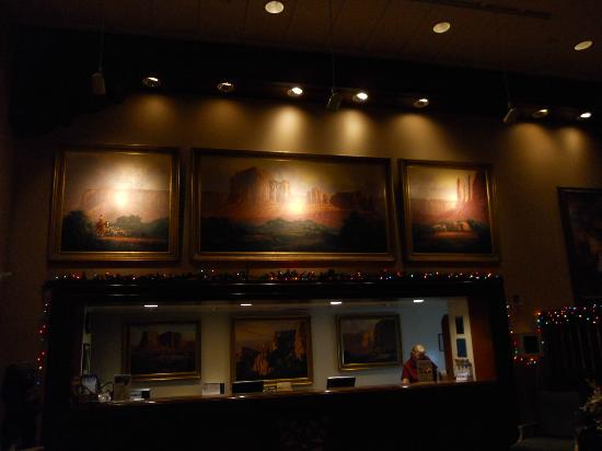 Grand Canyon Railway Hotel: Reception area.