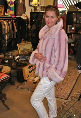 Vintage Deja Vu: Mink and fox...not !
