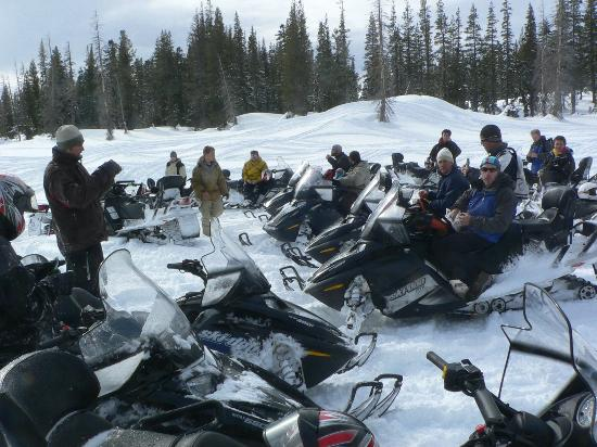 Eagle Ridge Snowmobile Outfitters : Group in Play Areas