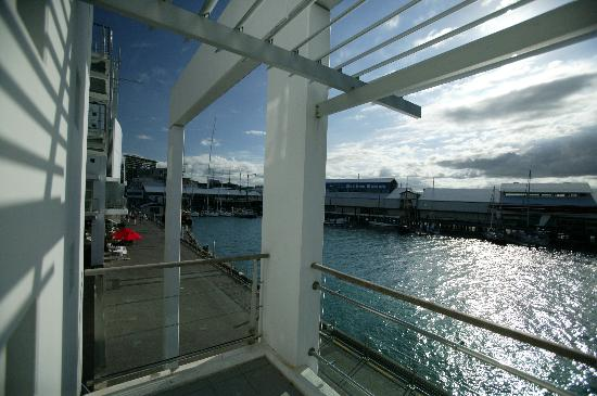 Auckland Waterfront Serviced Apartments: View from balcony