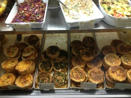 Upper Crust Bakery: Lots of choices