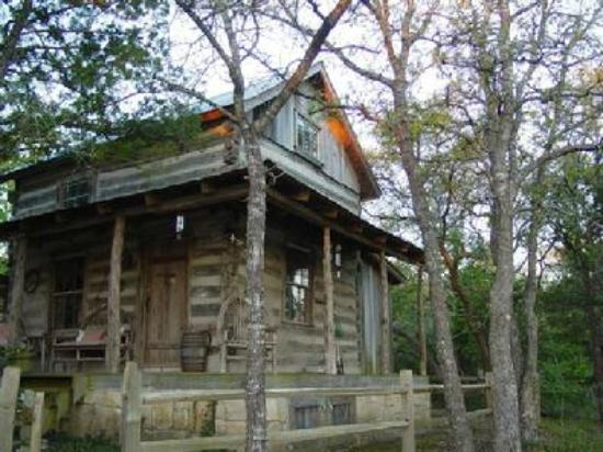 Lonesome Dove Bed & Breakfast: the original cabin
