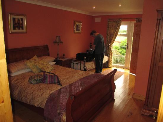Evergreen Bed & Breakfast: Room