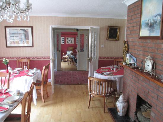 Evergreen Bed & Breakfast: Dining Room