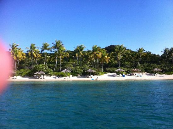 Rosewood Little Dix Bay: Boat ride in