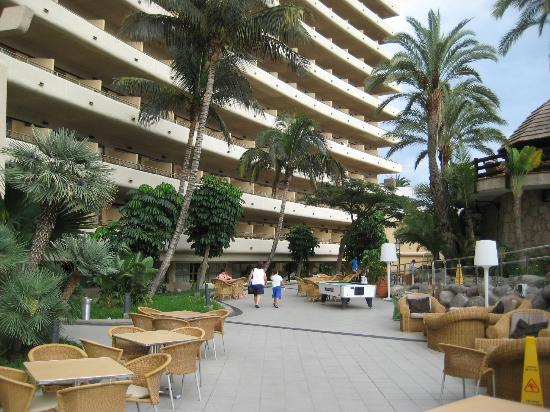 Gloria Palace San Agustin Thalasso & Hotel: grounds