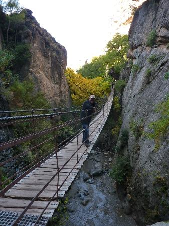La Almunia del Valle: Indiana Jones bridge