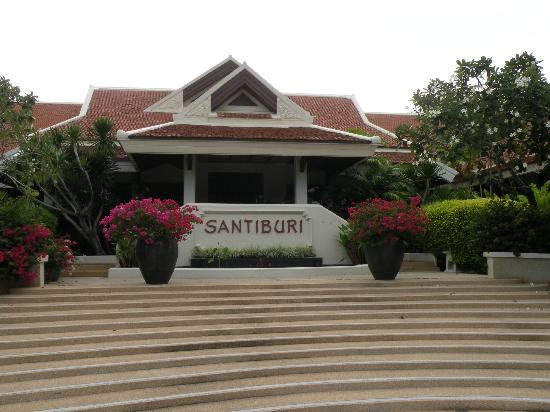 Santiburi Beach Resort & Spa: Main building